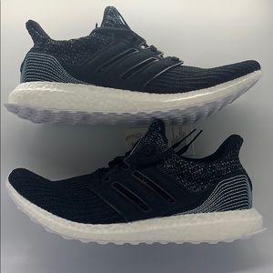 Adidas UltraBOOST Parley Sz.9 NWT